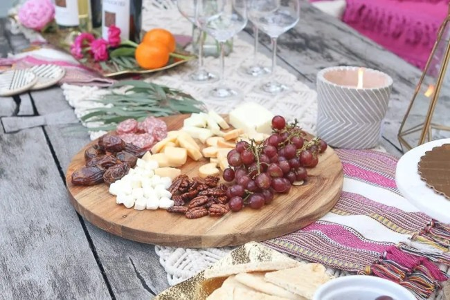 Moroccan_Table-meat-cheese-tray