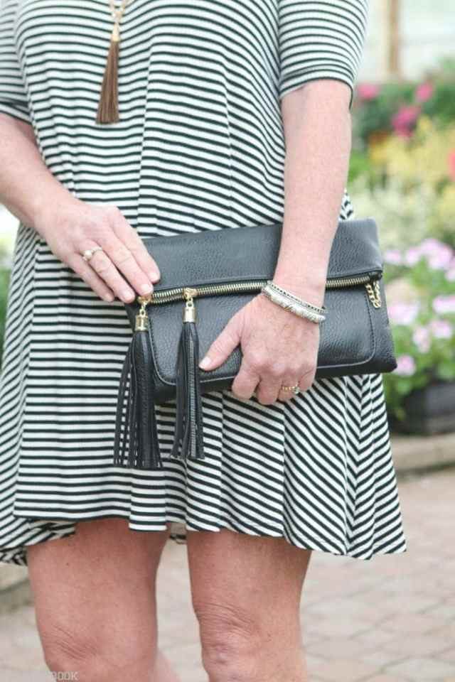 Mother_Daughter_Date-clutch