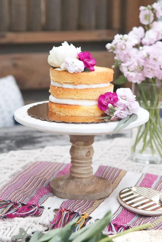 Naked_Cake_Decorating_idea_Flowers
