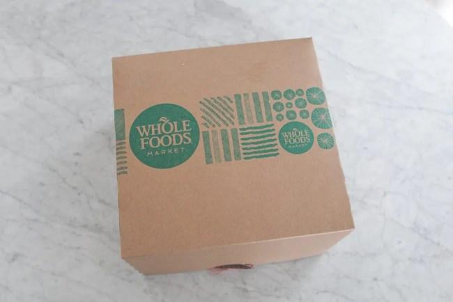 Whole_Foods_Cake_Box