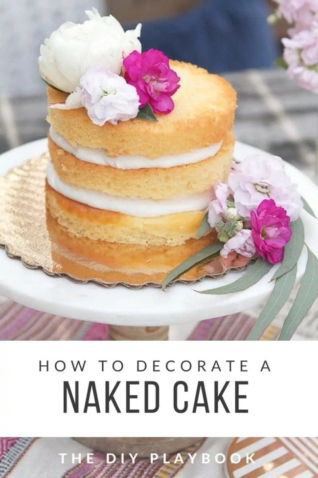 Decorating_a_Naked_Cake