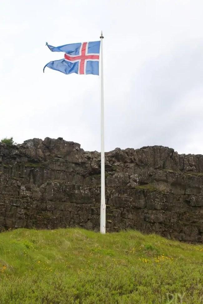 Travel_Iceland-flag-reykjavik