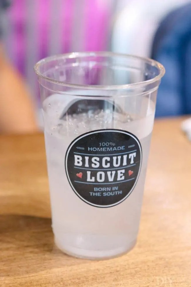 Travel_Nashville-biscuit-love
