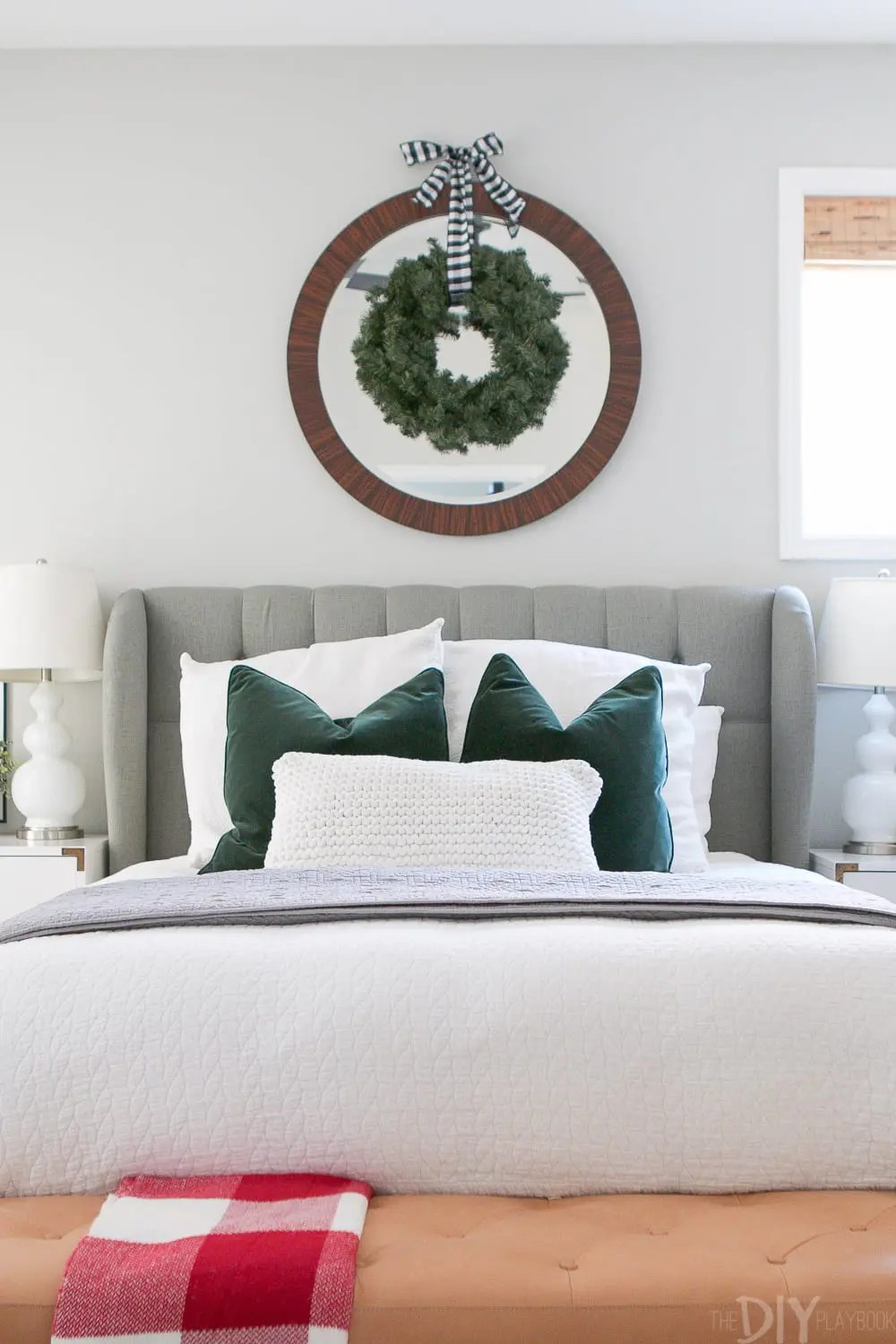 Casey s holiday home tour decorated for christmas doing it yourself - The year of the wonderful bedroom ...