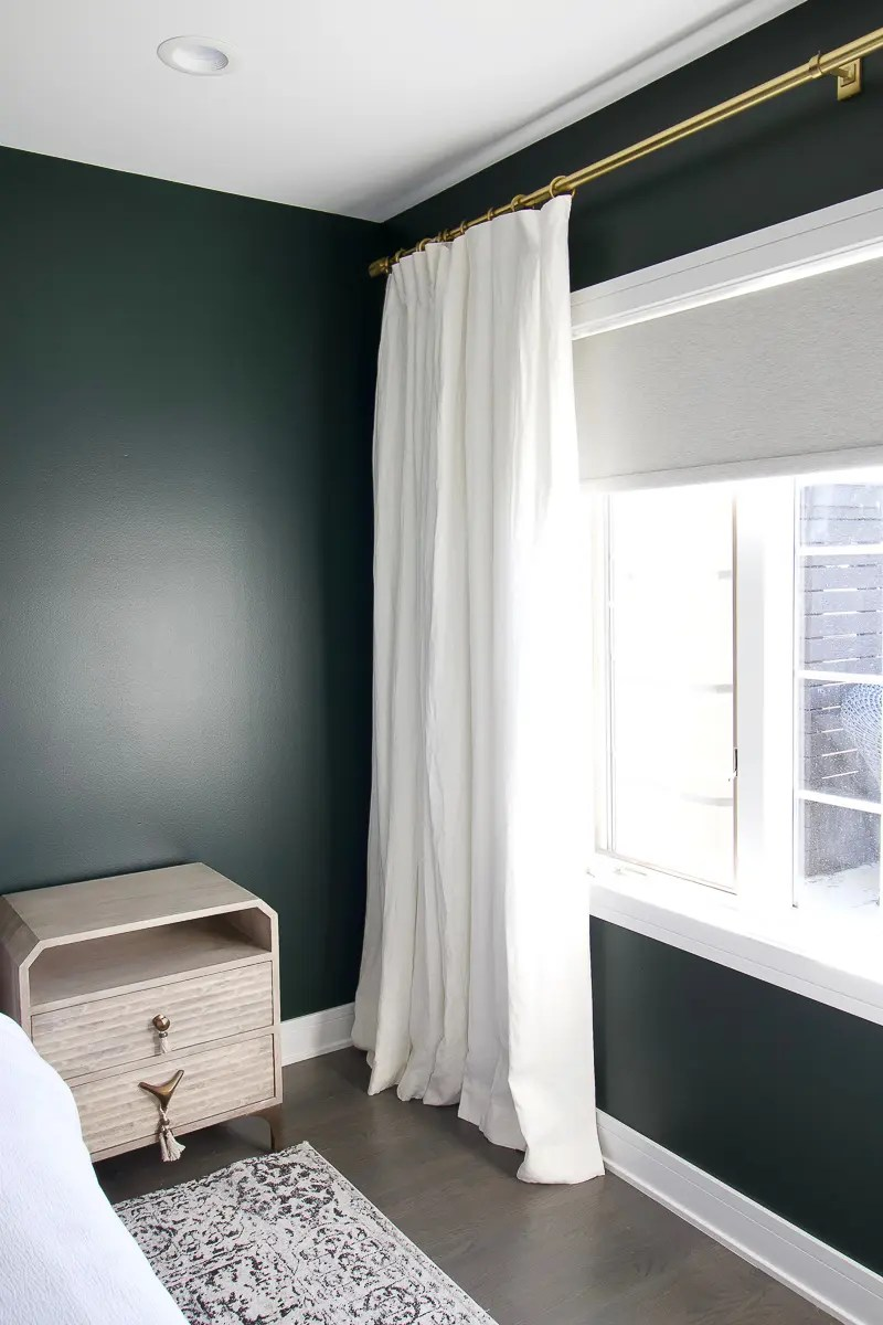 How To Hang Curtains In A Bedroom The Diy Playbook