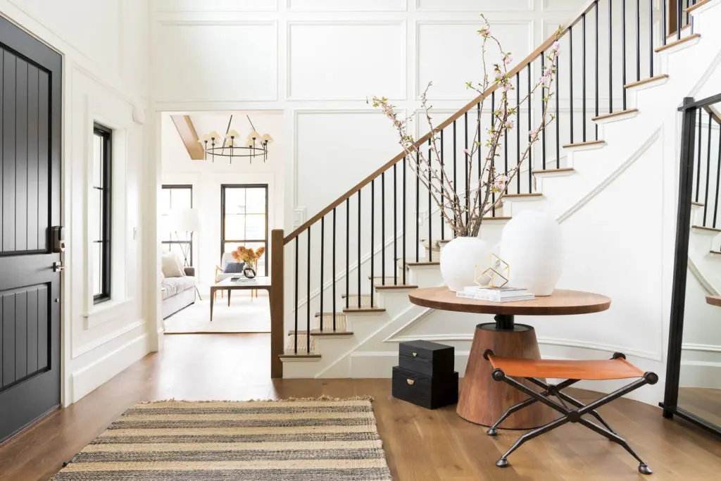 Metal Stair Railings Makeover Inspiration The Diy Playbook | Wood And Metal Banister | Modern | Rustic | Stainless Steel | Design | Aluminum