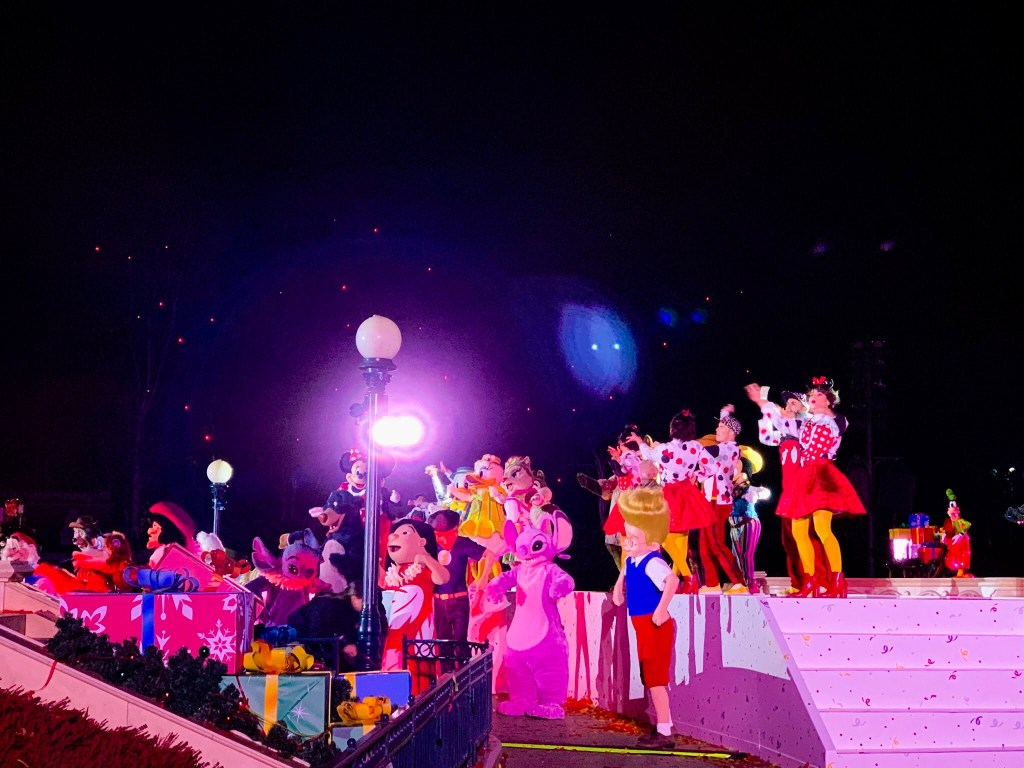Mickey 90 Mouse Party Annual Pass night review   The DLP Geek