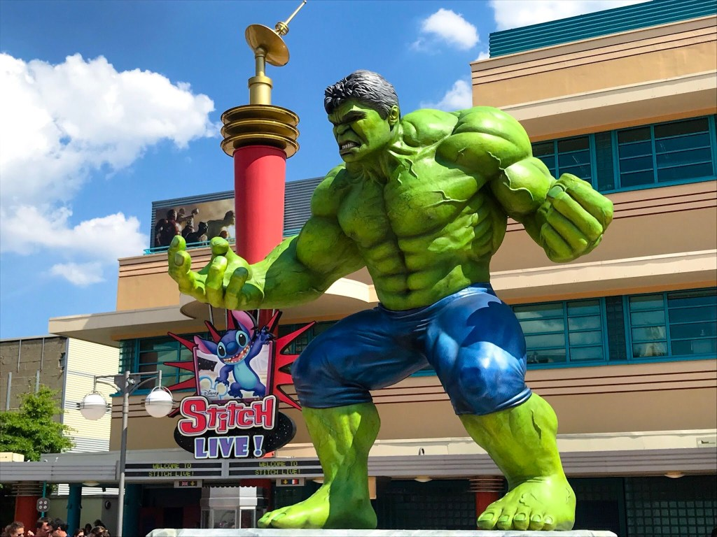 Marvel Season of Super Heroes Hulk statue