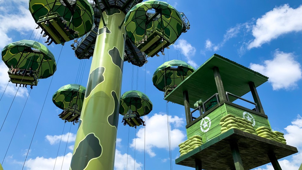 Toy Story Play Days Parachute Drop