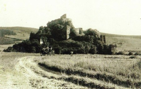 Early 20th century photograph of the citadel.