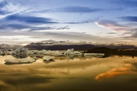 Icelandic icebergs as seen at dusk