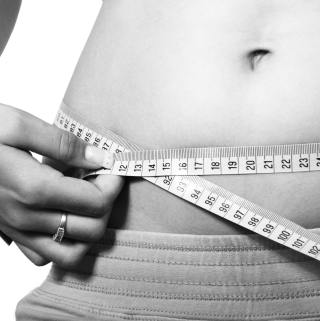 measuring belly for bloating