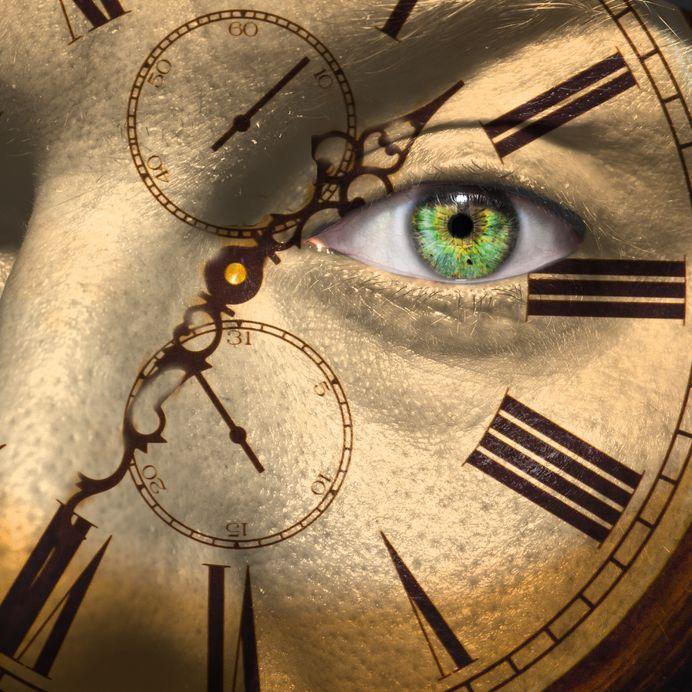 Biologic clock of aging (123RF)