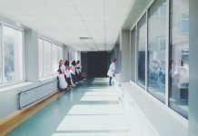 Hospital corridor (1500 x 1125