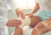 Knee Bandage by Doctor