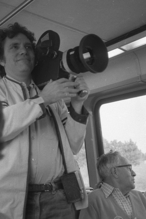 44 – How to Be a One Person Crew + Conversation with Filmmaker & Co-founder of Kartemquin Films, Gordon Quinn