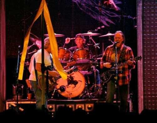 Neil Young & Crazy Horse, Toronto