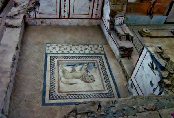 Terrace House, Ephesus, Turkey. Floors with Rug patterns