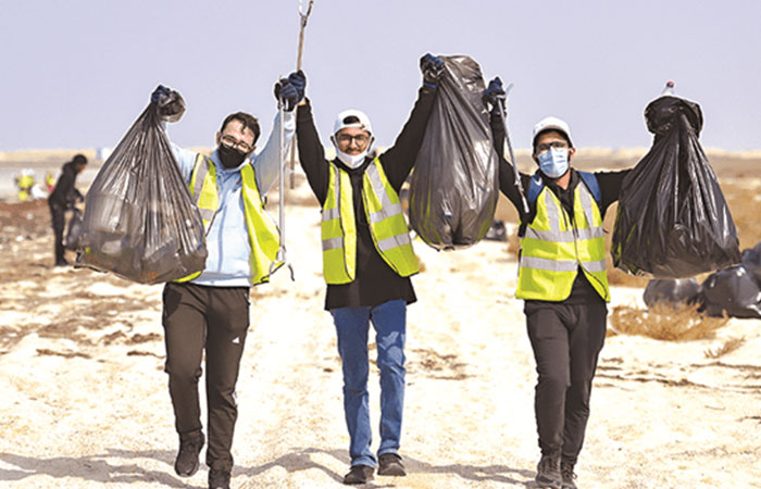 CNA-Q students participate in coastal clean-up at Al Zubarah beach