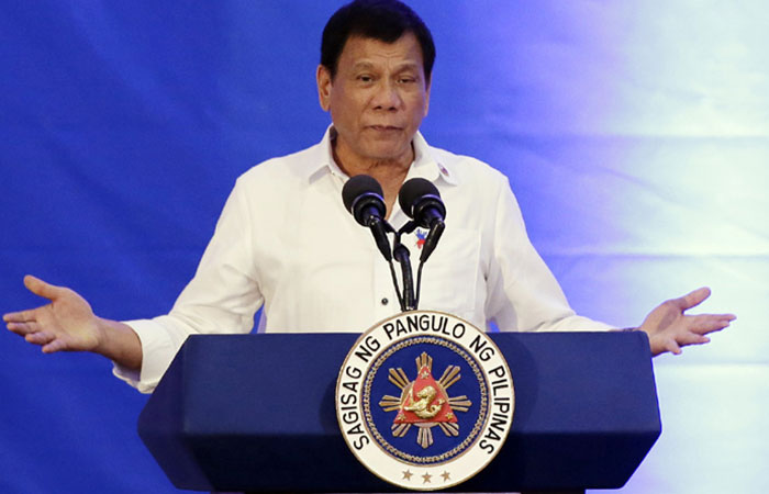 Philippine president appears in public after two weeks