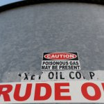 Oil prices move up on global economic recovery
