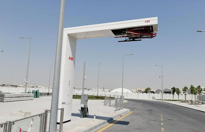 Ashghal signs deal to set up factory to produce chargers for e-vehicles