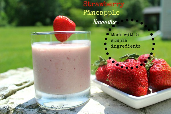 strawberry pineapple smoothie