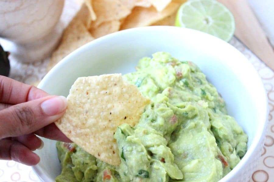 homemade 5 ingredient guacamole