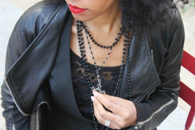 black-lace-top-black-cross-necklace-fall-style