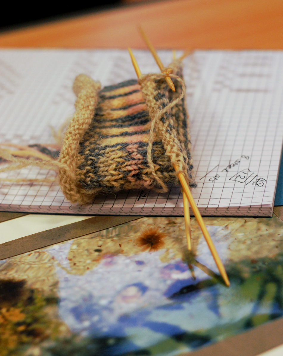 The lines in the sand and the tones of shells and water explored in stranded colourwork during Shetland Wool Week 2014