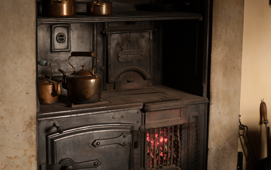 The sounds of cooking on a Victorian range