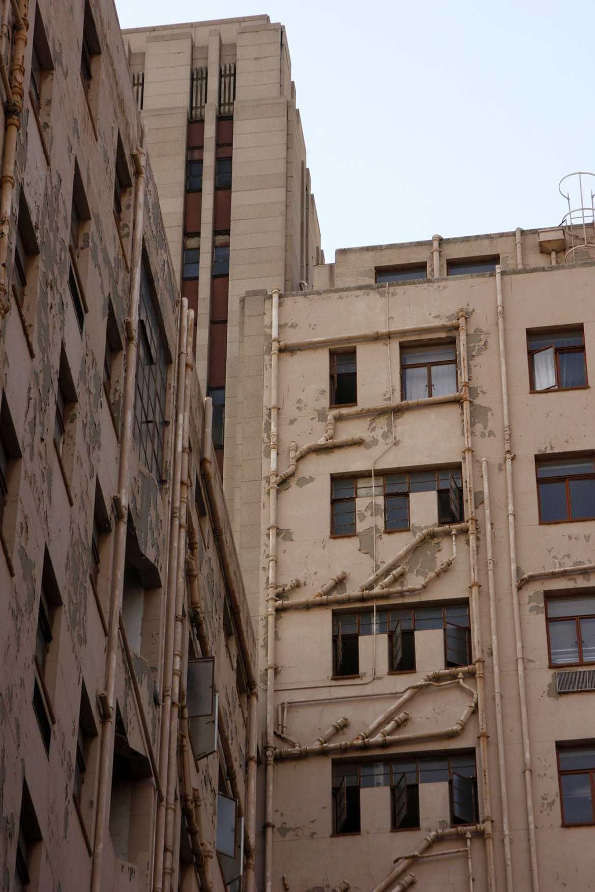 Kaputte Hausfront in Johannesburg