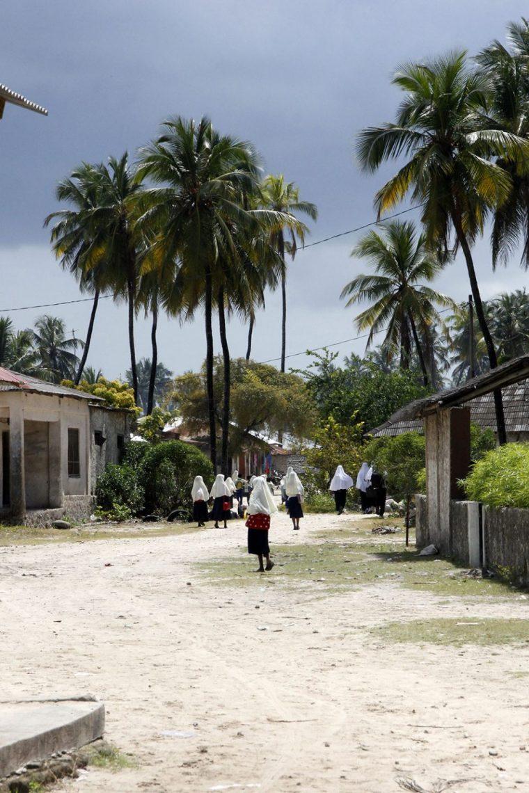 Schüler in Bwejuu in Sansibar