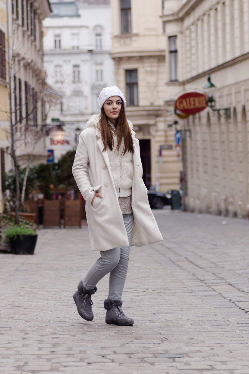 The perfect white winter layering look