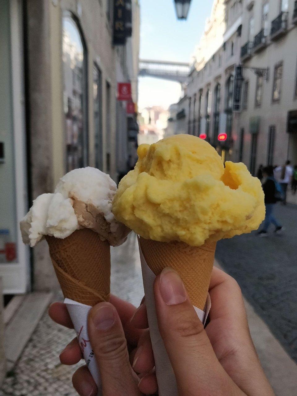 Eis in Lissabon