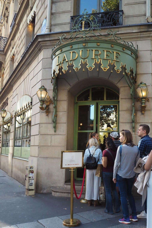 La Duree Macarons Paris
