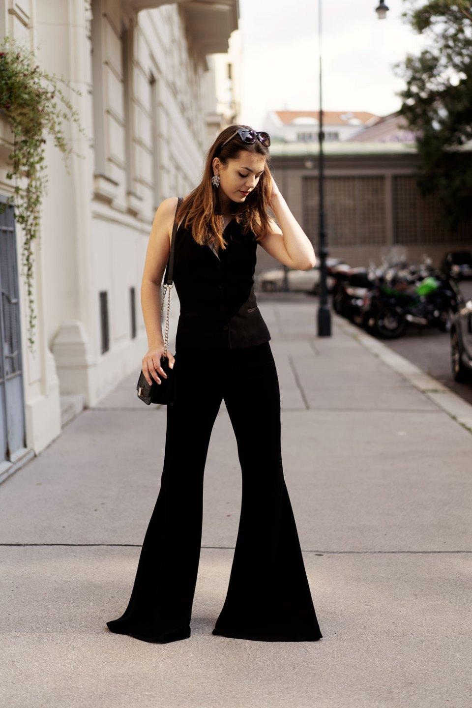 Outfit mit Schlaghose elegant