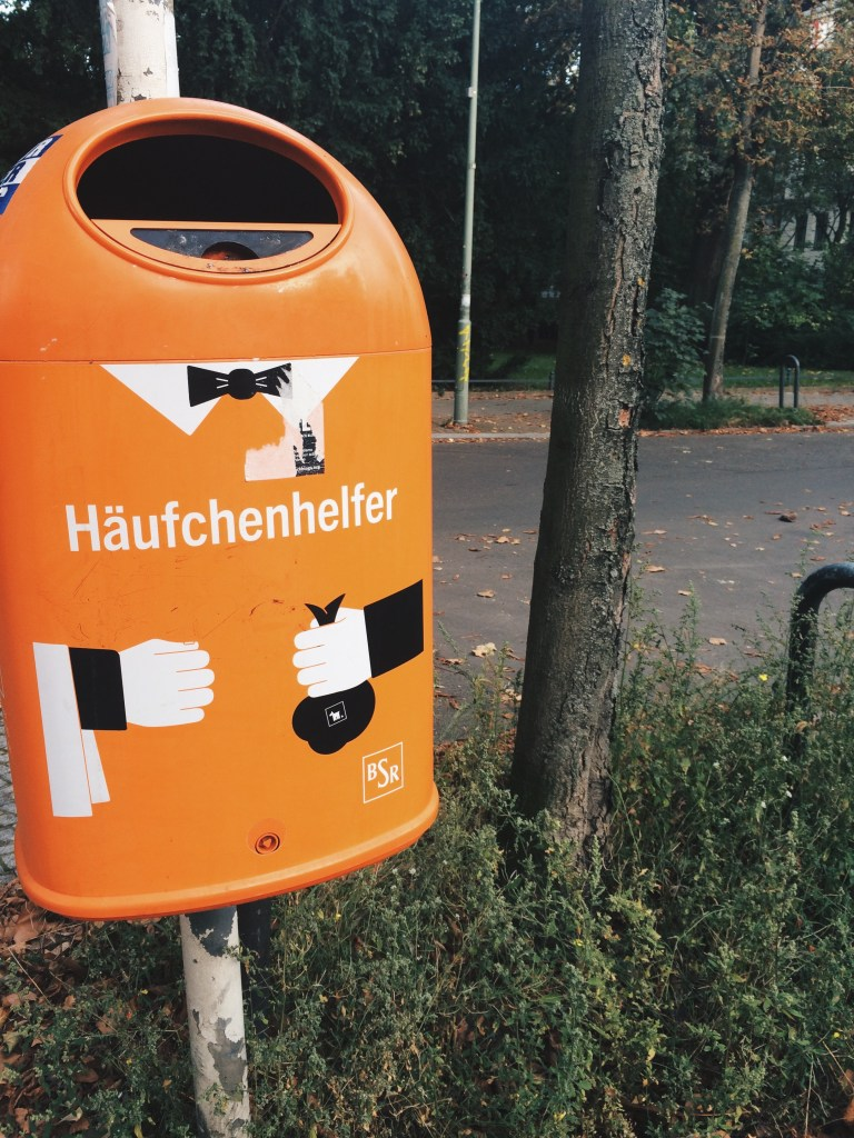 berlin garbage can