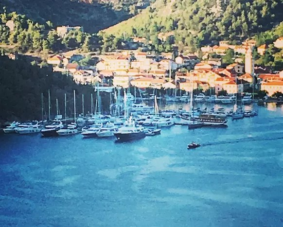 Yacht Week Croatia Vs Sail Week Croatia The Truth About