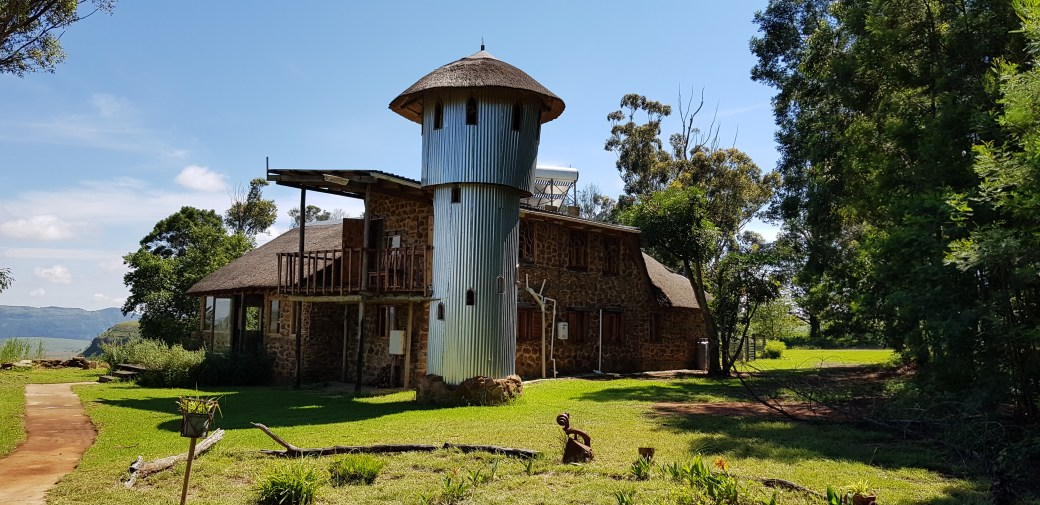 Drakensberg holiday accommodation. Some of South Africa's finest.. Ant Bear Lodge (Source: James Seymour)