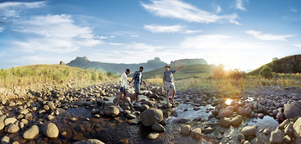 Guided Hike in the Amphitheater (Source: South African Tourism)