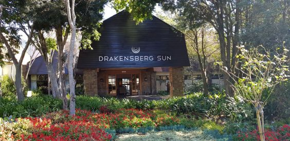 Drakensberg Accommodation and Experiences. The Drakensberg Sun Resort (Source: James Seymour)