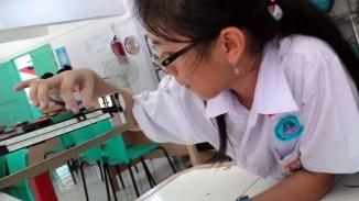 "Praktikum Fisika Kelas 7A ""Alat Ukur"" 20 September 2016"