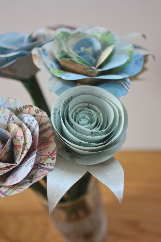 Paper Rose How To: 2 Ways