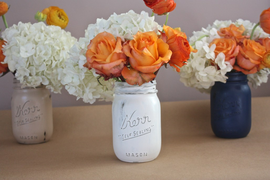 How To : Rustic Painted Mason Jars