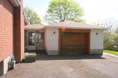 Detached garage (sort of)