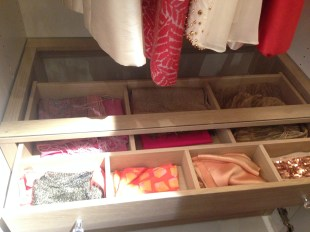 I love the details! Wouldn't it be convenient to be able to see into your drawers from above?