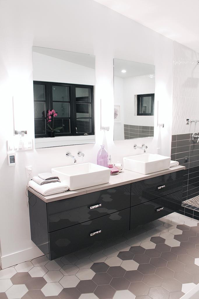 Floating vanity with DIY custom quartz tile countertop - Master Bath Retreat | The Dreamhouse Project