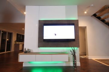 Dreamhouse Project DIY media wall LED lights green