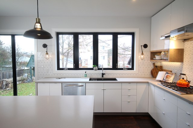 The Dreamhouse Project - Dream Kitchen Reveal featuring Metrie Option {M} Vintage industrial moulding